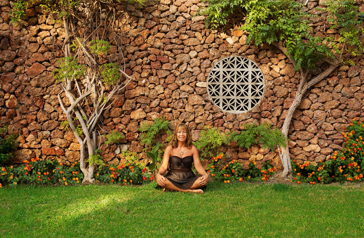 Jord representerar din personliga utstrålning samt din fysiska miljö i vardagen och i livet.